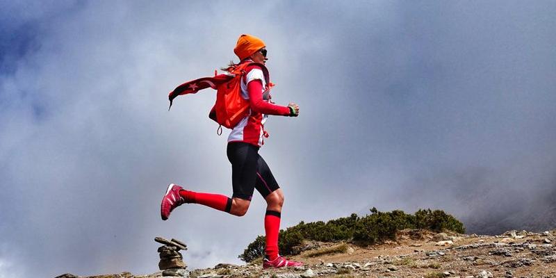 Everest Maratonu'nda ilk Türk Ece Vahapoğlu!